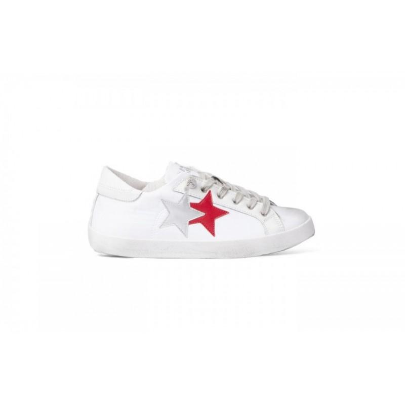 Acquistare  2 star sneakers  - 51% OFF   Condividi lo sconto ffe08928408